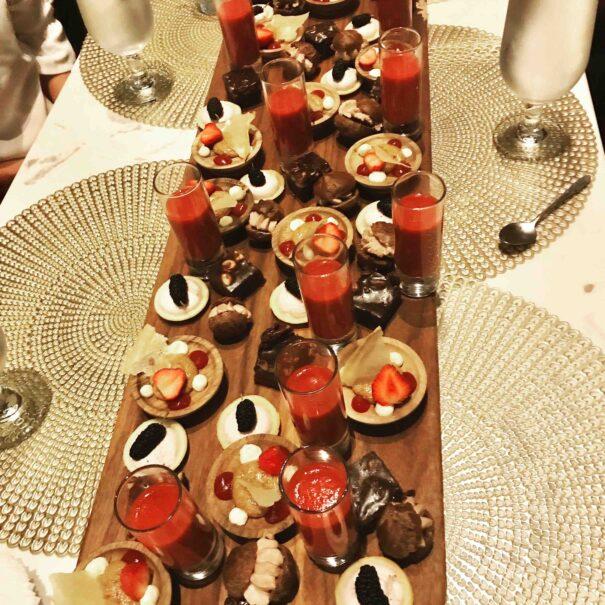 dessert plate in Auberge Sainte Antoine during xmas season